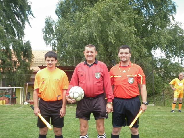 11-fotbal-06-25-vyroci781