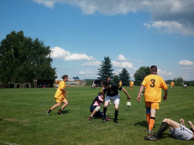11-fotbal-06-25-vyroci791