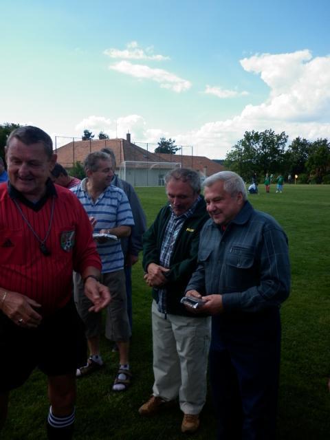 11-fotbal-06-25-vyroci815