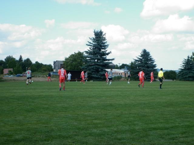 11-fotbal-06-25-vyroci823